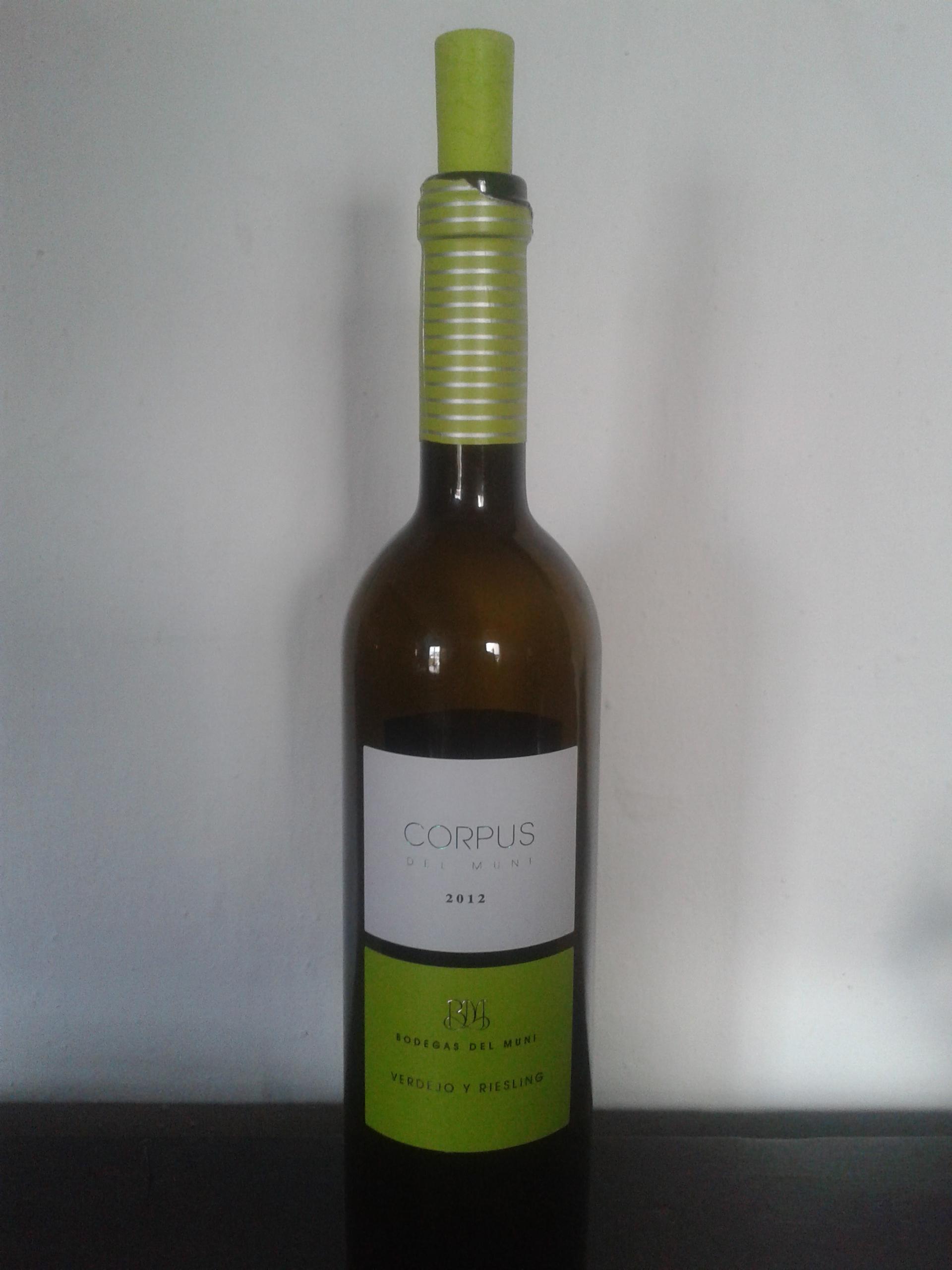 Vino blanco Corpus de Muni